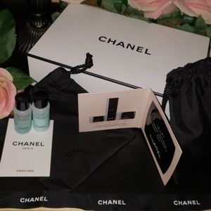Chanel gift samples, 1 boxes, 2 bags, face sample